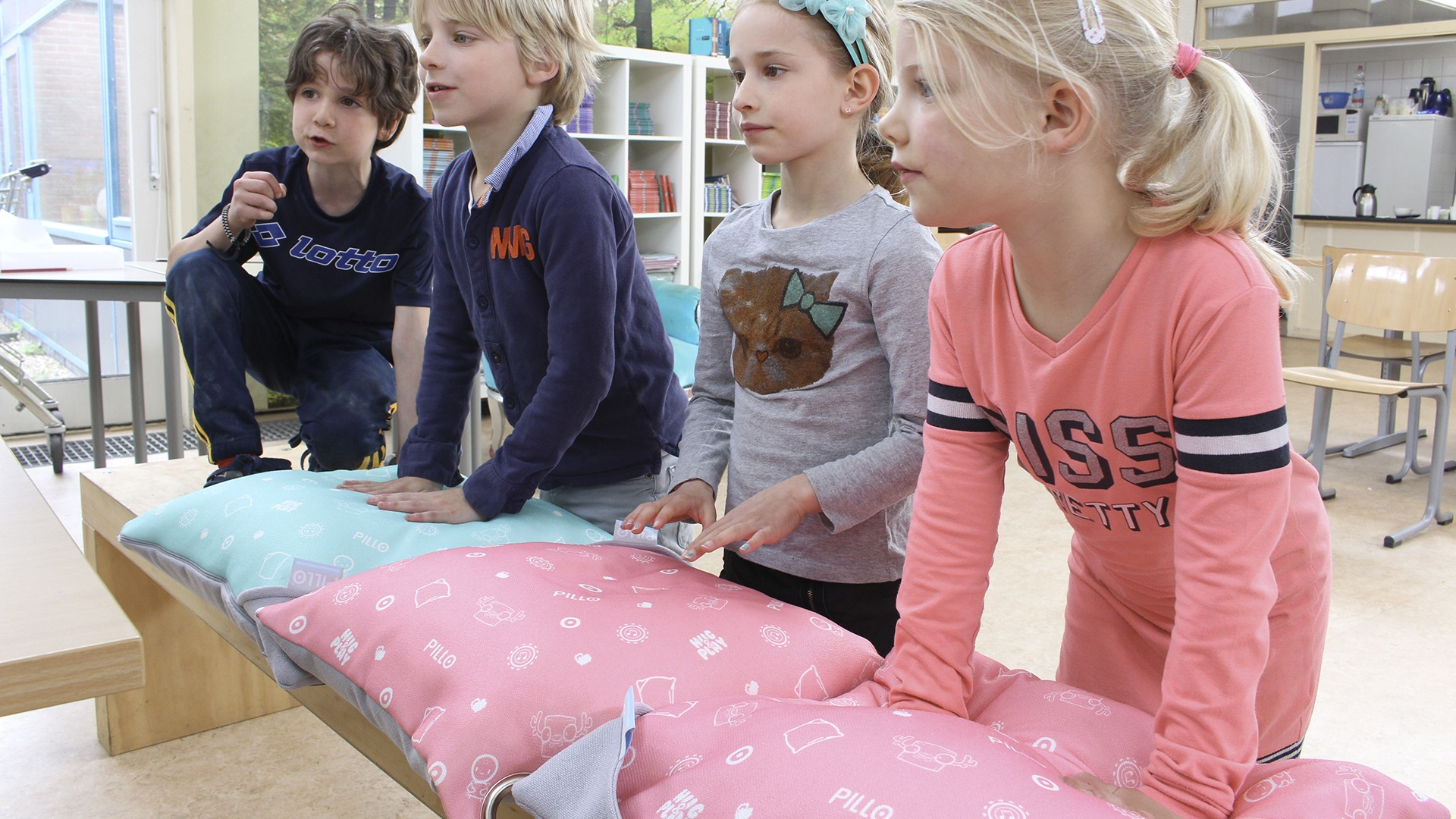 Kussen Voor Kinderen : Zachte wafel teddy kussenhoes oslo c u s h i o n s